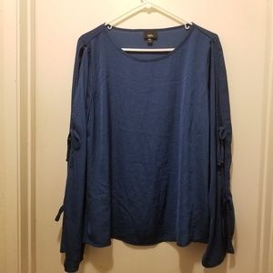 Mossimo open sleeve blouse